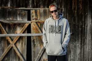 Bilde av Jakke - The Drop Tech Hoodie Grey